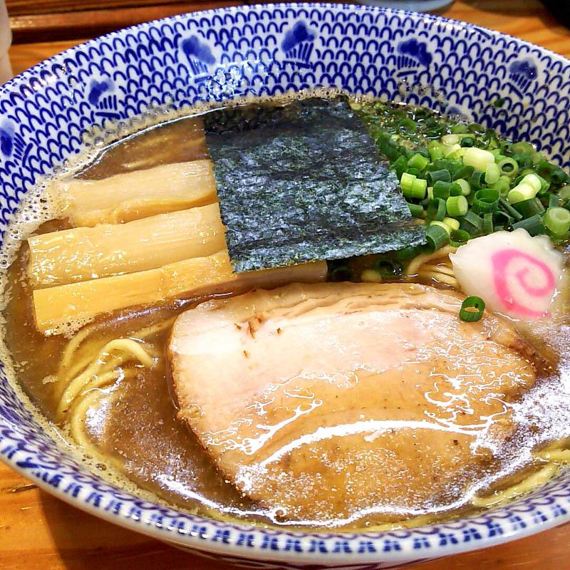 痺れる辛さの175°DENO 担々麺 8