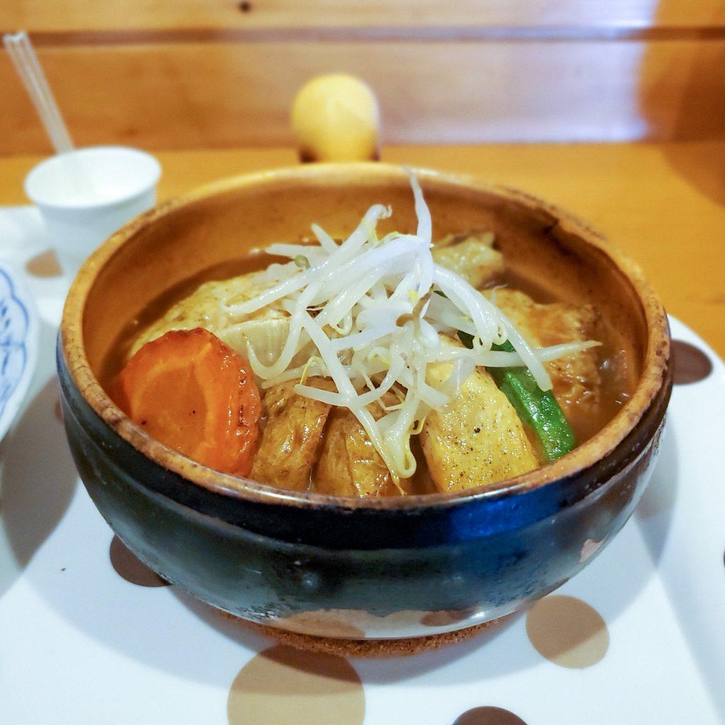 野菜の旨味を味わうスープカレー「健康的カレー専門店 とら 」 2