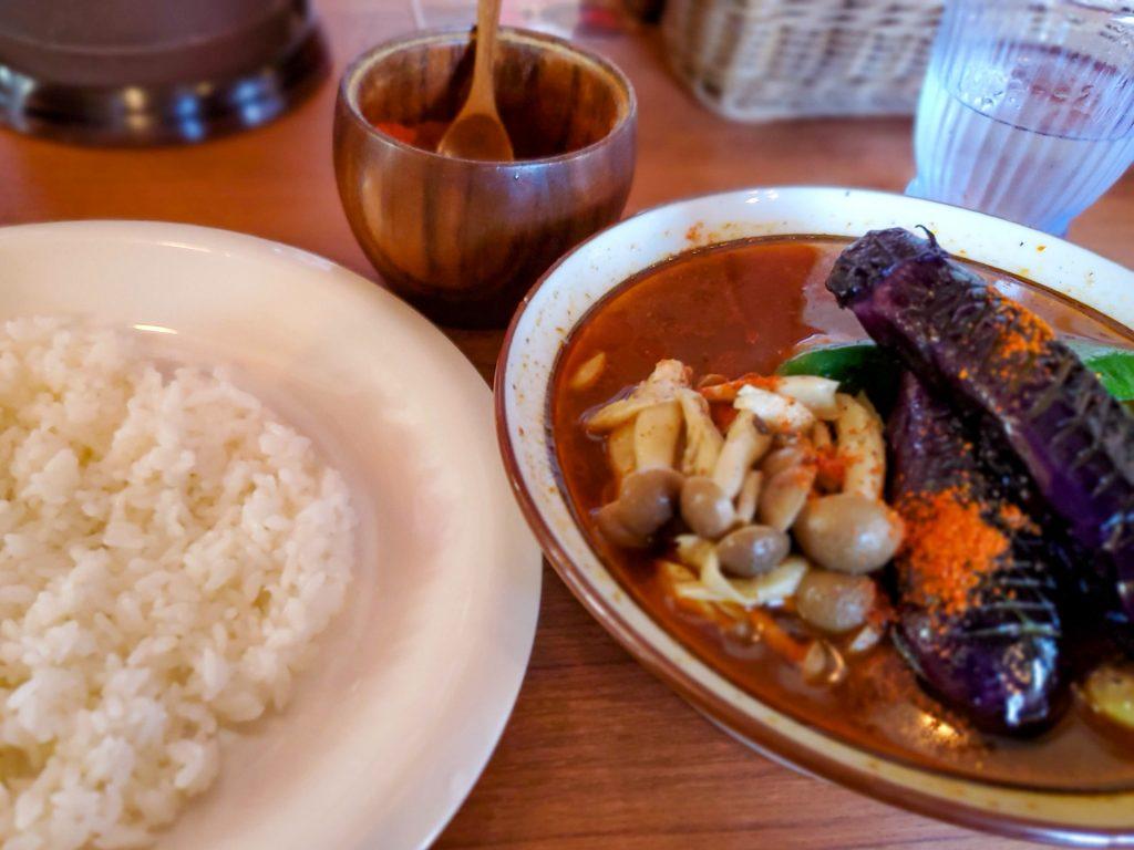 漢方とスパイスの薬膳スープ!「アジャンタ 総本家」 5