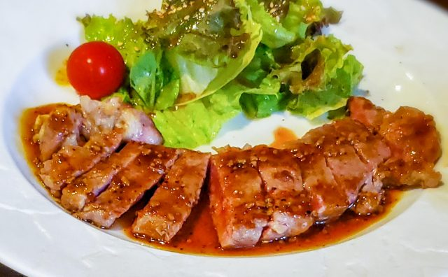 サーロインステーキをおしゃれな鉄板焼専門店でランチする「鉄板小町」 11