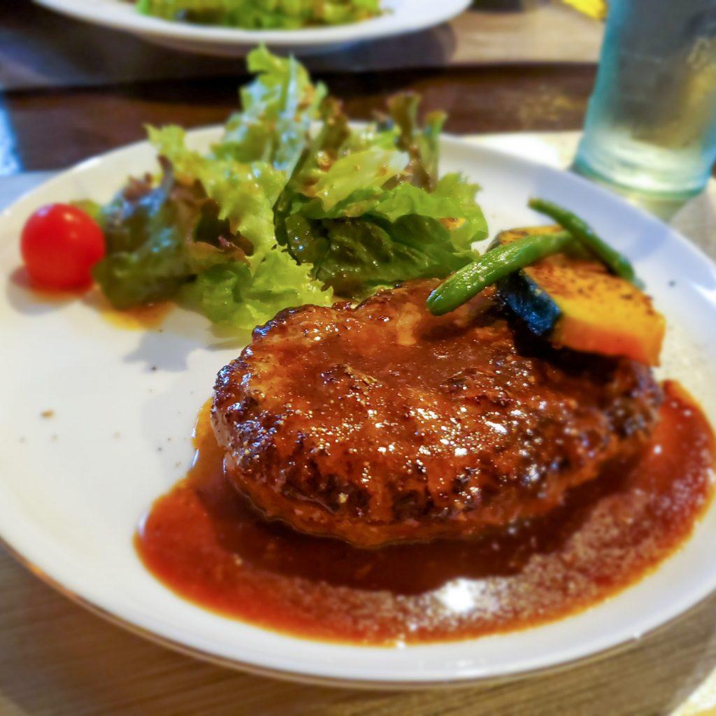サーロインステーキをおしゃれな鉄板焼専門店でランチする「鉄板小町」 6