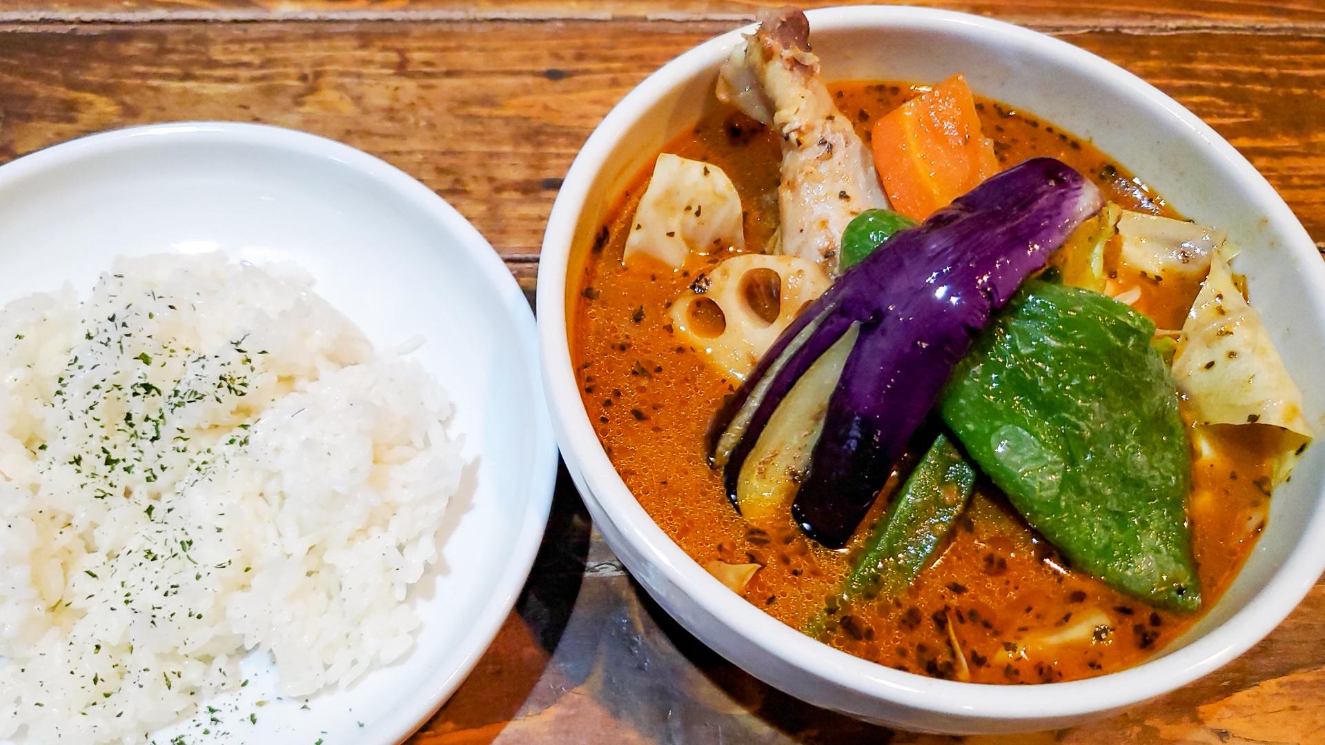 デリバリー専門店かと思ってました「Curry&Cafe グーニーズ 豊平店」 1