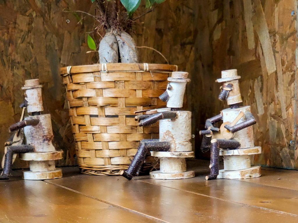 店内広々!快適な空間で食べる熱々スープカレー「南インドスープカレー 天竺 」 15