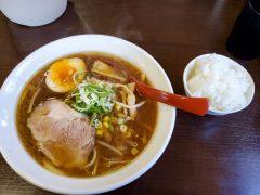 「麺処 ほう龍」釣り前に腹ごしらえのラーメン 11