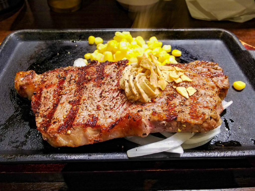 サーロインステーキをおしゃれな鉄板焼専門店でランチする「鉄板小町」 5