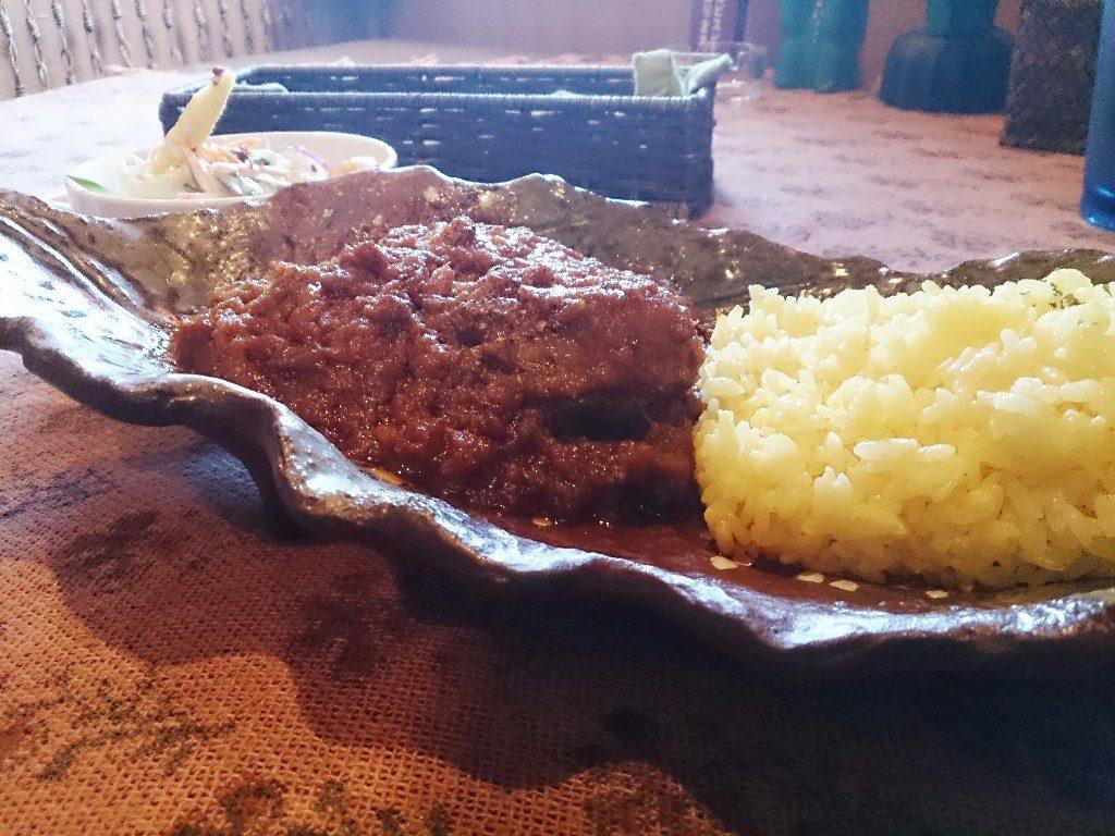 スープカレーのつもりだったが…パキスタンカレー「ハルディ」 1