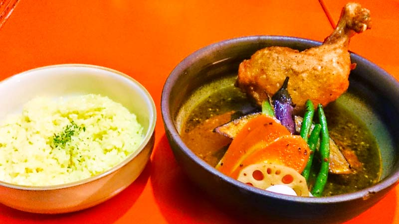 【閉店】ヴォイジュのスープカリー「マンダラ卍曼陀羅」 3