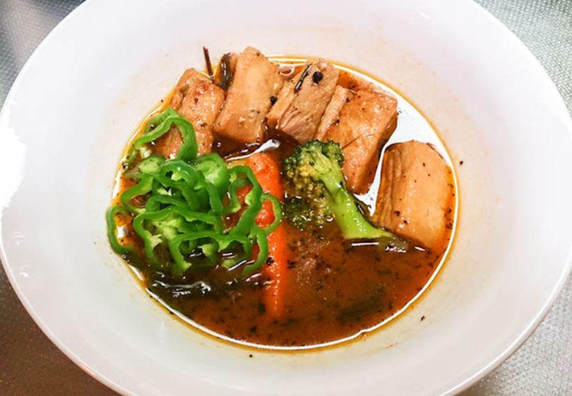 300gの豚角煮をスープカレーで食べよう 2