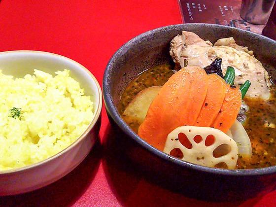 【閉店】無国籍創作スープカリーのヴォイジュ 4