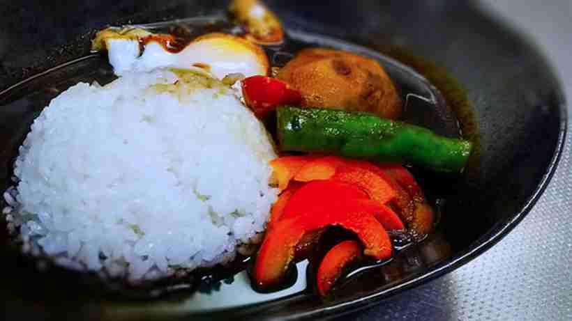 豆腐と生揚げのスープカレーを作る 11