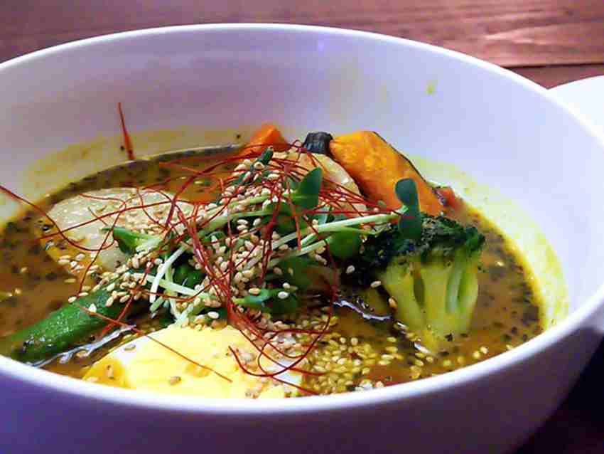 【閉店】MOICHIDO CAFE DOKODA de Soup Curry 1