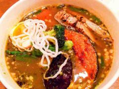 【閉店】ベロデカで北海道産桜姫鶏のスープカレー 51
