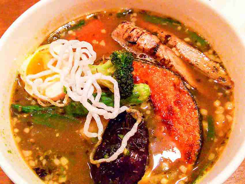 【閉店】ベロデカで北海道産桜姫鶏のスープカレー 6