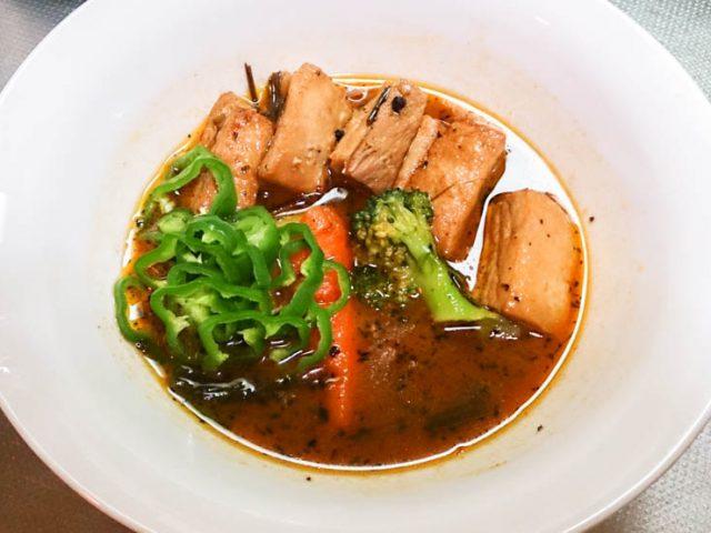 300gの豚角煮をスープカレーで食べよう 25