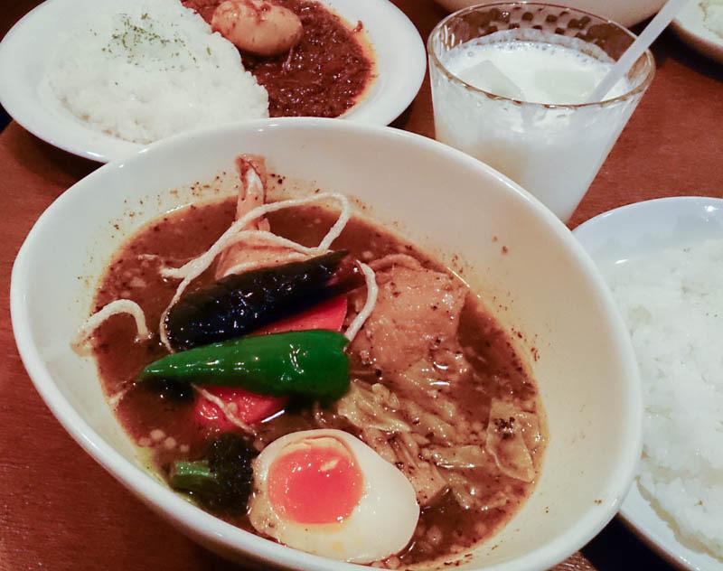 【閉店】札幌市西区 ベロデカのスープカレー 1