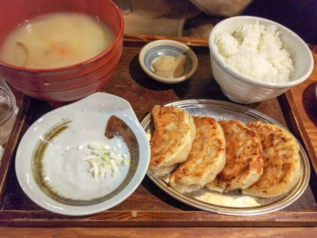大粒餃子!! 飯と汁がおかわりのSAPPORO餃子製造所 20